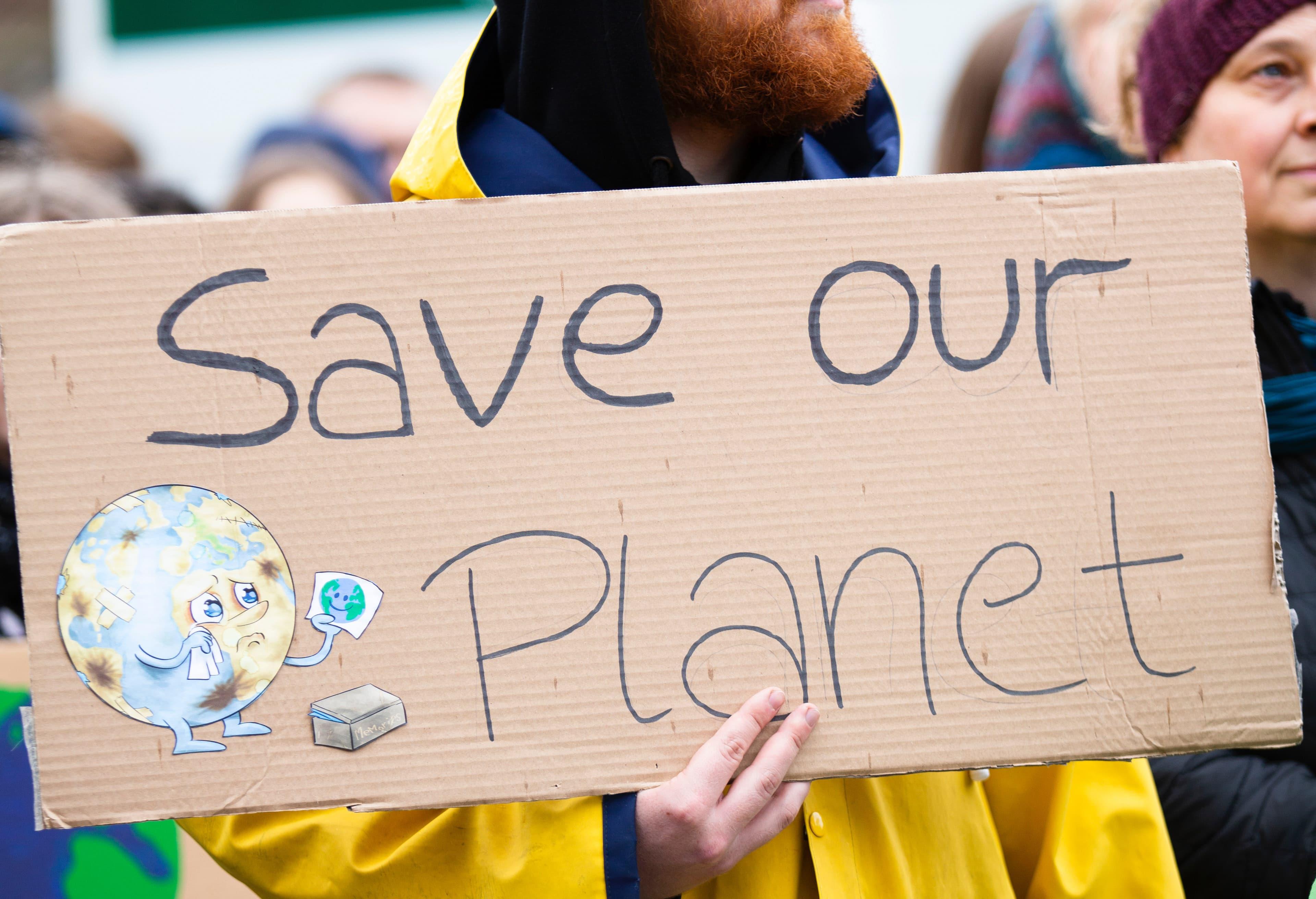 Klimaschutz-Umfrage: Die Jugend fühlt sich im Stich gelassen