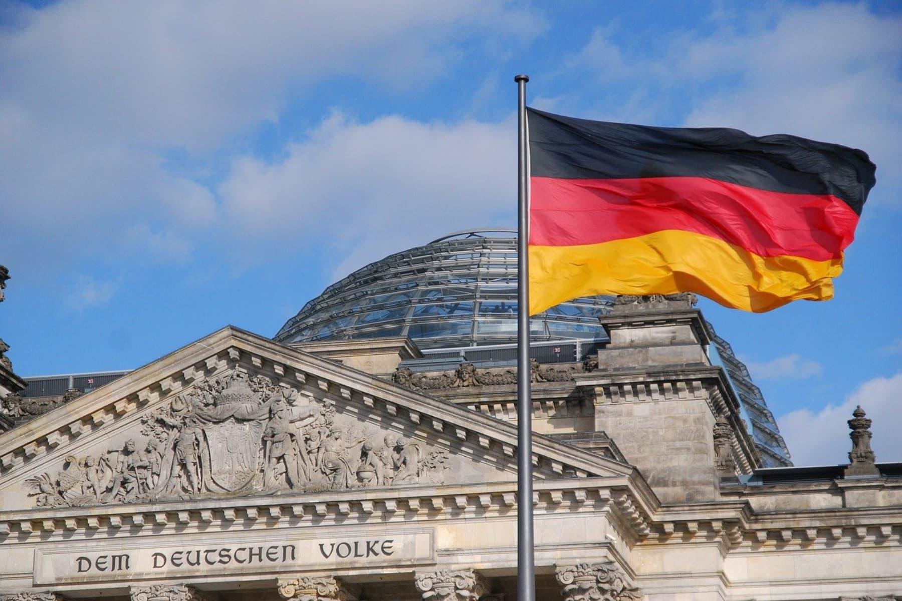 Sonntagsfrage: Grüne und CDU/CSU sind stärkste Konkurrenten, aber sprechen unterschiedliche Milieus an